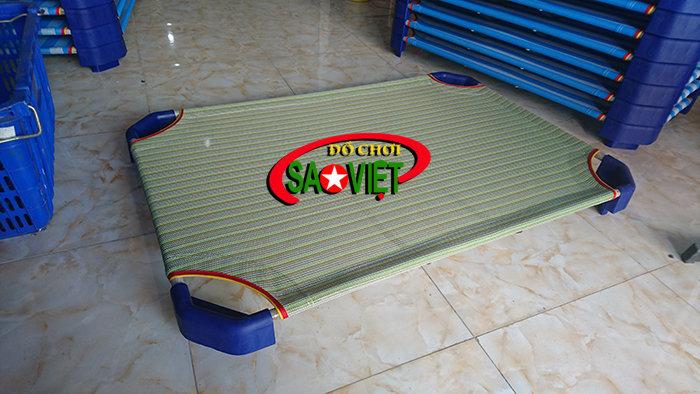 Giường Mầm Non Xanh Cốm Nhà Trẻ - Giá Rẻ chỉ 170.000 Đ/Cái