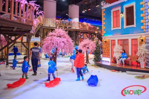 Snow town - Khu vui chơi cho trẻ trải nghiệm mùa đông độc đáo giữa lòng Sài Gòn