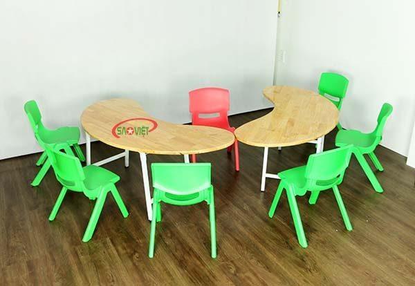 bàn bán nguyệt gỗ mầm non chân gấp S013VD2K 6