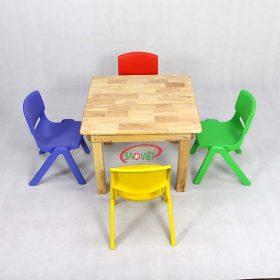 bàn ghế gỗ 4 chỗ cho bé mầm non S013VF03
