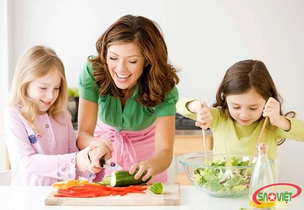 Giới thiệu 8 thực đơn mẫu các món ăn cho trẻ ở trường mầm non