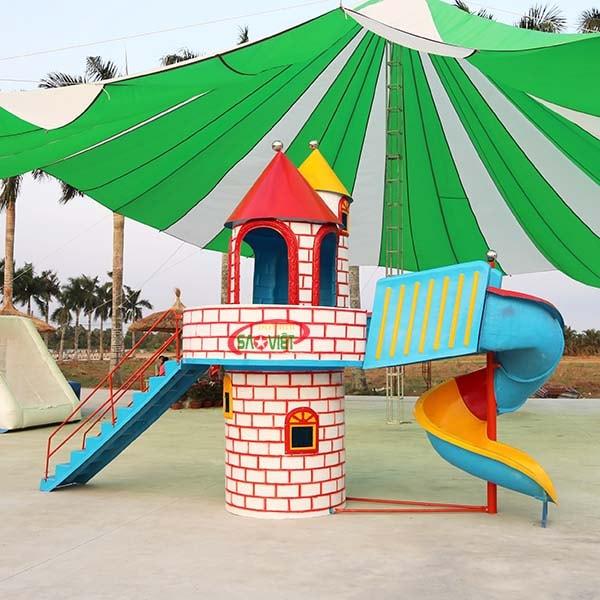 cầu trượt composite lâu đài