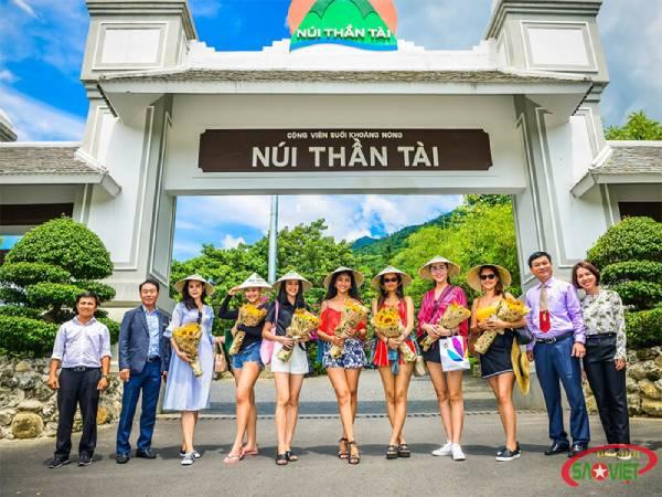 Khám phá công viên khủng long đầu tiên ở Việt Nam - Juassic Park