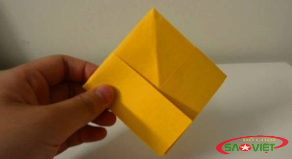 gấp thuyền giấy 3