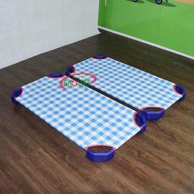 giường lưới cho bé mầm non caro xanh S011VIB 1