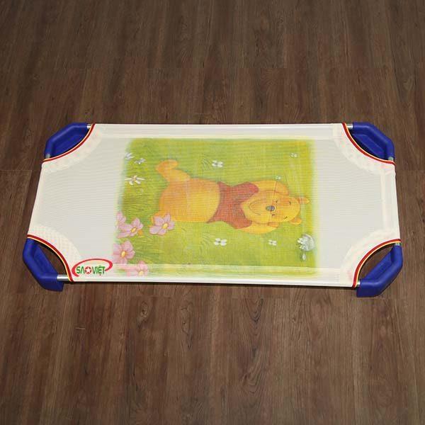 giường lưới cho bé Gấu Pooh