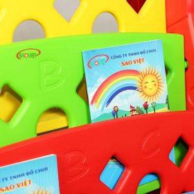 kệ sách nhựa cho bé con hưu