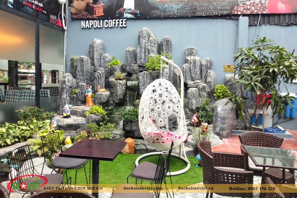 quán coffee napoli trần thị bốc có khu vui chơi