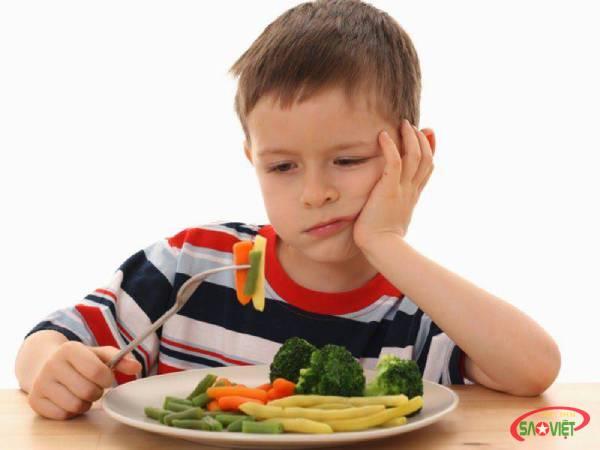 Trẻ bị thiếu máu nên ăn gì?