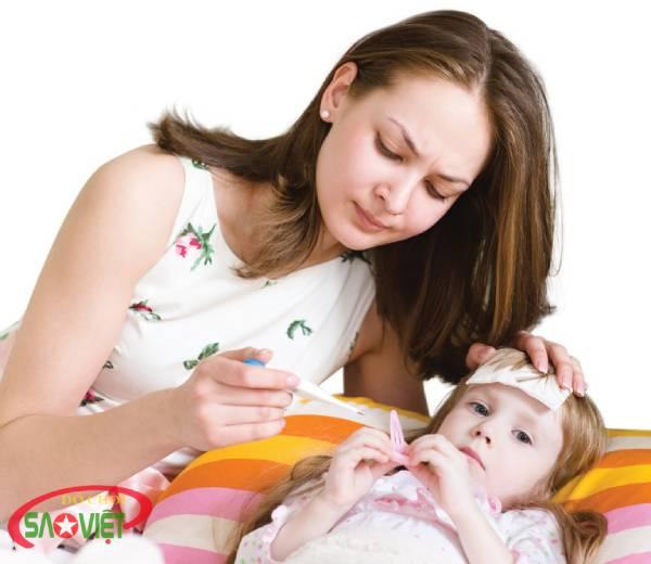 Trẻ bị viêm họng có nguy hiểm không? Cách điều trị an toàn tại nhà