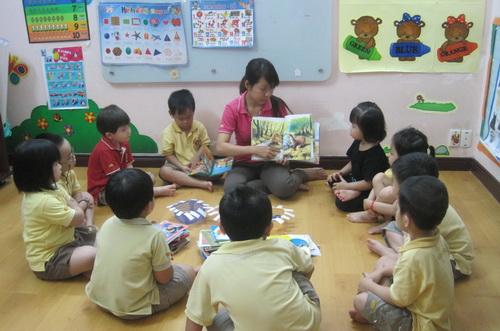 Dạy tiếng mẹ đẻ cho trẻ qua truyện kể mầm non