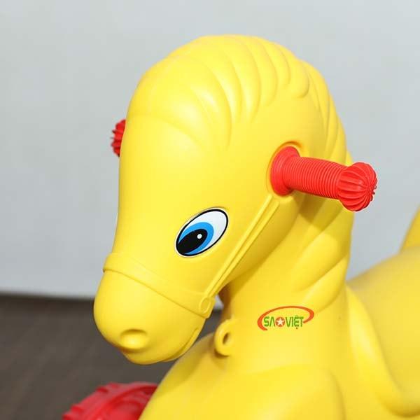 xe chòi chân con ngựa vàng dễ thương S18N28